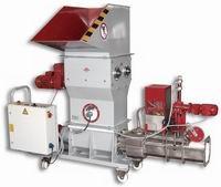 foam compacting machine